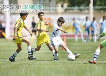 مدرسه فوتبال سرطلایی